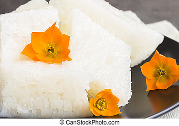 Rice Cakes - Chinese rice cakes, a common dessert treat in ...