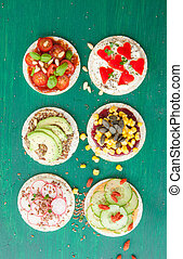 Rice cakes with fresh veggies