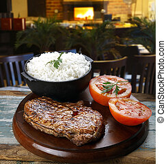 Rice, tomato and steak