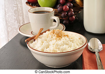 Rice with brown sugar and cinnamon