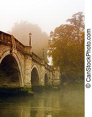 richmond, puente, en, otoño