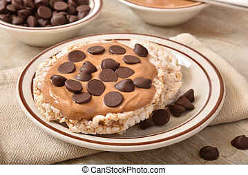Ricke cakes with peanut butter and chocolate chips