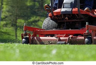 lawnmower - Ride-on lawnmower