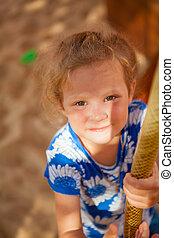 rigolote, petite fille, portrait