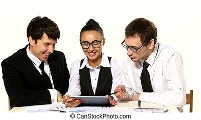 rigolote, tablette, mains, fond, hommes affaires, équipe parle, blanc, girl