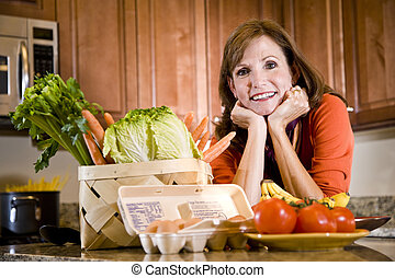 rijp vrouw, in, keuken, met, fris, ingredienten