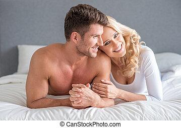 rilassante, coppia, letto, loro, attraente, Felice
