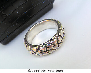 Ring in front of box