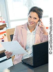 ringa, affärskvinna, laptop, cell