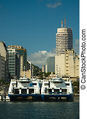 Rio-Niter�i Catamarans - You can cross the Guanabara Bay...