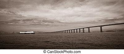 Rio-Niteroi bridge - Panoramic black and white view of Rio...