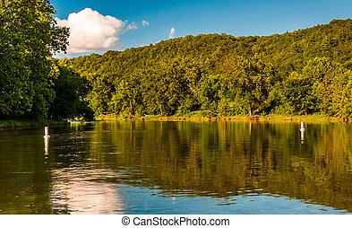 rio, virginia., árvores, shenandoah, água, refletir, baixo, visto, ponte