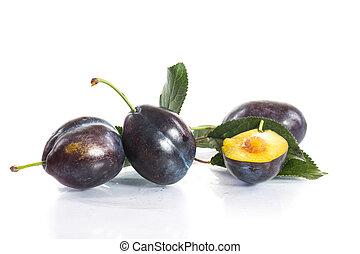 Rip plums