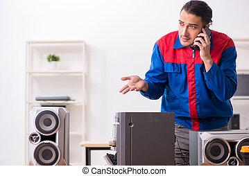 riparare, sistema, musicale, giovane, hi-fi, ingegnere
