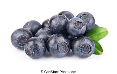Ripe blueberries with leaves