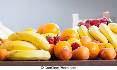 fruits at table
