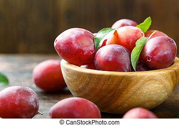 ripe plum harvest