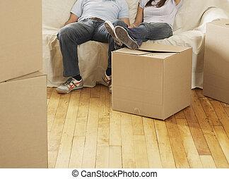 riposare, coppia, metà-adulto, scatole