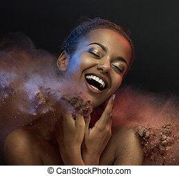 rir, mulher, levando, um, areia, banho