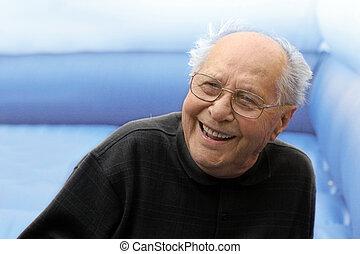 rire, vieil homme