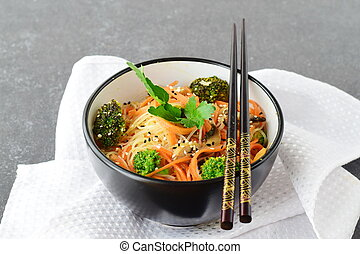 riso, sano, astratto, ciotola, cibo., funghi, fondo., carota, asiatico, nero, tagliatelle, broccolo