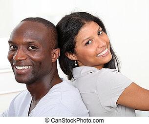 ritratto, coppia felice, sorridente