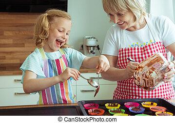 ritratto, di, felice, bello, nonna, e, lei, nipote, in, cucina