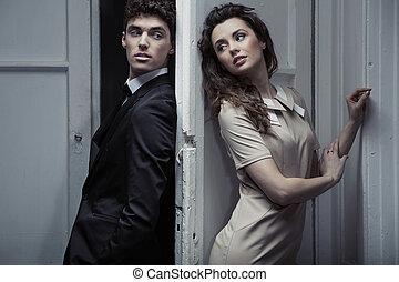 ritratto, di, giovane, elegante, coppia