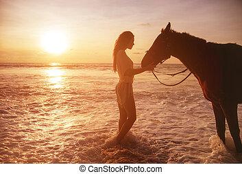 ritratto, di, il, carino, signora, con, uno, cavallo