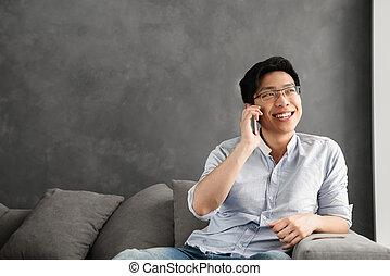 ritratto, felice, uomo, giovane, asiatico