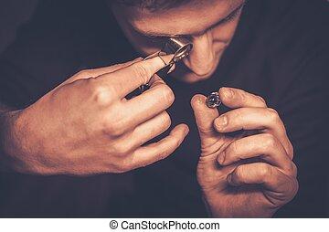 ritratto, jewels., valutazione, durante, gioielliere