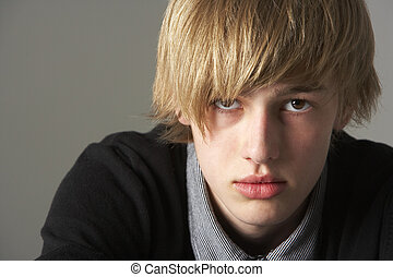 ritratto, ragazzo adolescente, serio