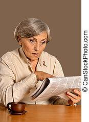 ritratto superiore, giornale, lettura, donna