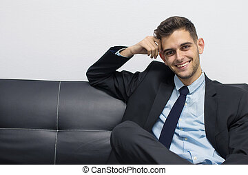 ritratto, uomo affari, divano