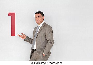 riuscito, uomo affari, esposizione, numero, dipinto, su, parete
