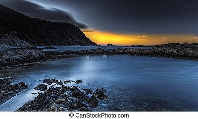 rivage, coucher soleil, rocheux