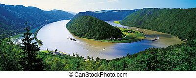 River Danube bend at Schlogen, Austria