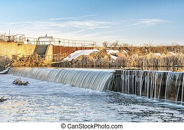 river diversion dam in Colorado - river diversion dam on St ...