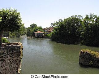River Garonne, Pyrenees - Comminges ; Midi-Pyrenees ; South ...