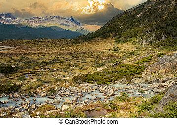 River near Laguna Esmeralda in Tierra del Fuego - Beautiful ...