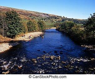 River Swale, Yorkshire Dales, UK.