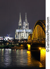 Cologne Cathedral - Riverside view of the Cologne Cathedral ...