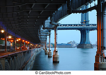 riverwalk, côté est inférieur