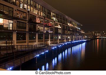 riverwalk, milwaukee, río