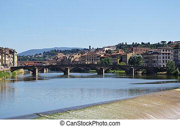 rivière arno, florence, italie