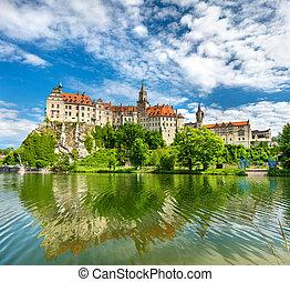 rivière, sigmaringen, allemagne, baden-wurttemberg, château, danube, banque