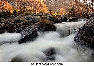 rivier, op, zonopkomst
