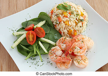 riz, salade, crevettes