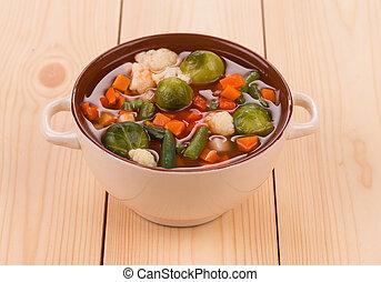 roślinna zupa, kiełbasa, wood., świeży