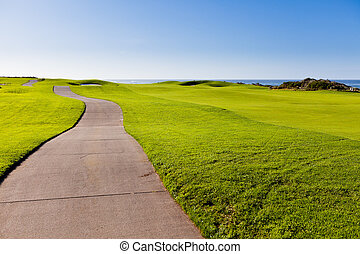 road at he golf course